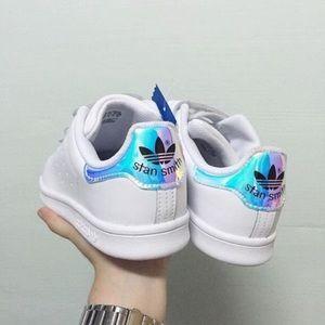 adidas holographic